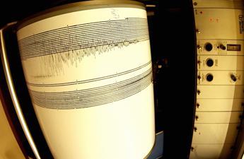 La terra trema a Christchurch, scossa di magnitudo 5,7 in Nuova Zelanda /Video