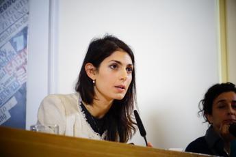 Roma, Raggi: Mai lavorato per studio Previti, ho svolto lì la pratica forense /Ascolta