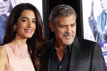 George e Amal Clooney ricevuti da Angela Merkel