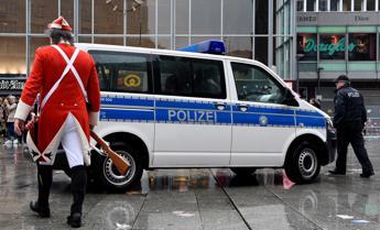 Reporter molestata in diretta a Colonia, si costituisce 17enne