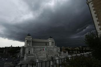 Maltempo, allerta arancione a Roma per 24 ore
