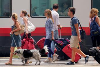 Vizi e virtù degli italiani, 10 milioni non rinunciano ai viaggi