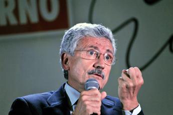 D'Alema: Mattarella oggetto di aggressione violenta