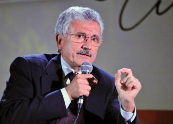 D'Alema: Questa legge elettorale è una schifezza