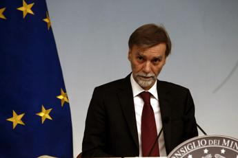 Conti pubblici, Delrio: Non toglieremo un euro a crescita e investimenti