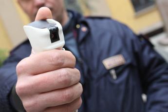 Spray al peperoncino presto tra le 'armi' delle forze dell'ordine