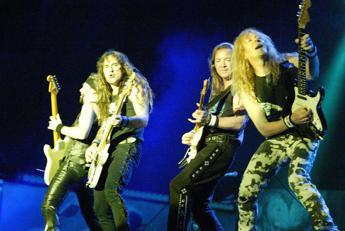Iron Maiden: sfiorato incidente aereo