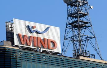 Wind ritira spot con testimonial sottoposti a ironica 'tortura'