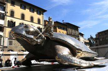 Apparirà una tartaruga gigante in piazza della Signoria
