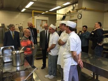 'Blitz' dello chef Heinz Beck in mensa. Alla Cattolica di Milano task force per stili di vita sani