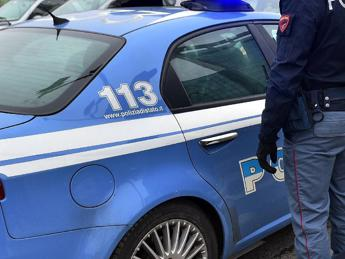 Roma, ai domiciliari tenta di violentare prostituta e l'accoltella: arrestato