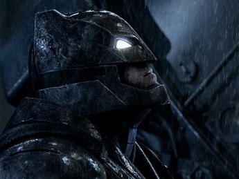 'Batman V Superman' sempre primo al box office