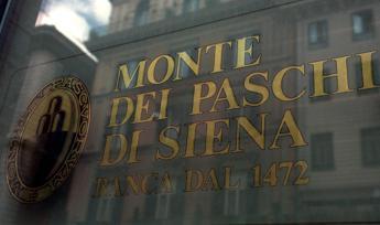 Borse europee caute ma Milano scivola con Mps e banche, -1,17%