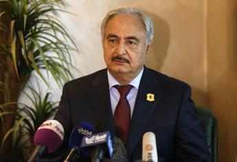 Haftar reopens Tobruk's port to foreign ships