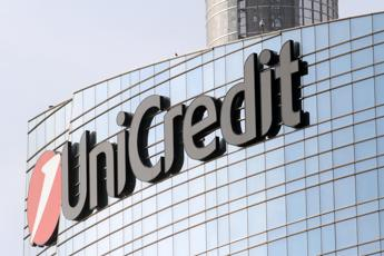 Unicredit vende su mercato sua quota in Mediobanca