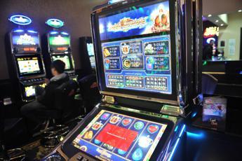 Associazione antiriciclaggio: gioco online e usura problemi maggiori