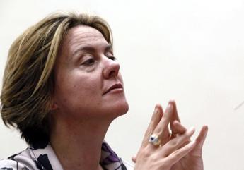 Lorenzin ricorda Rita Fantozzi: Esempio per altre donne malate