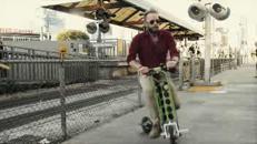 Urb-e, lo scooter elettrico che sale sull'autobus