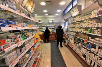 Allarme farmaci, a rischio rimborsabilità di 1.500 medicinali innovativi e per malati cronici