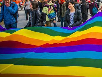 No a nozze gay nel Chiostro di San Francesco, polemica a Sorrento