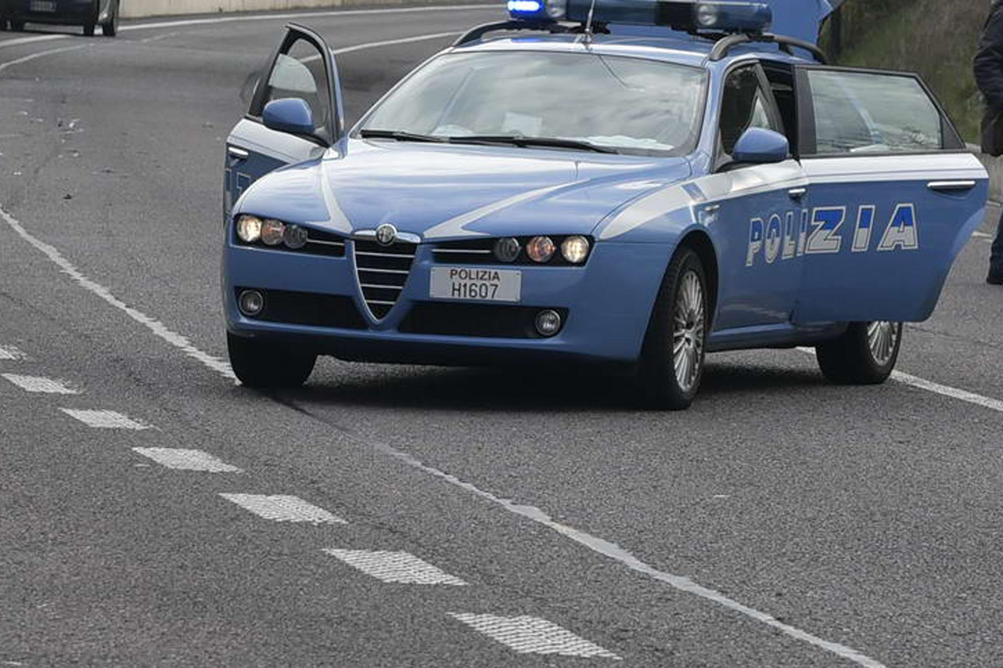 Mezzo pesante a fuoco sull'A1: 8 km di coda in direzione Bologna