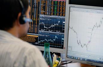 Borse europee chiudono miste: Milano +0,07%, in rosso Generali
