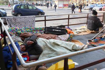 3 italiani su 10 a rischio povertà