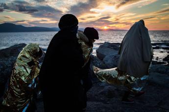 Migranti, naufragio nell'Egeo: 4 morti e 23 dispersi