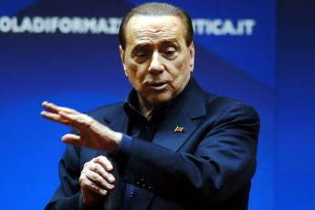 Renzi is Italy's only political leader says Berlusconi