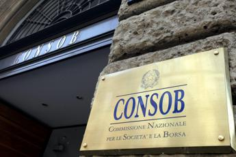 Banche, Consob: a metà 2016 sofferenze in calo, prima volta da anni