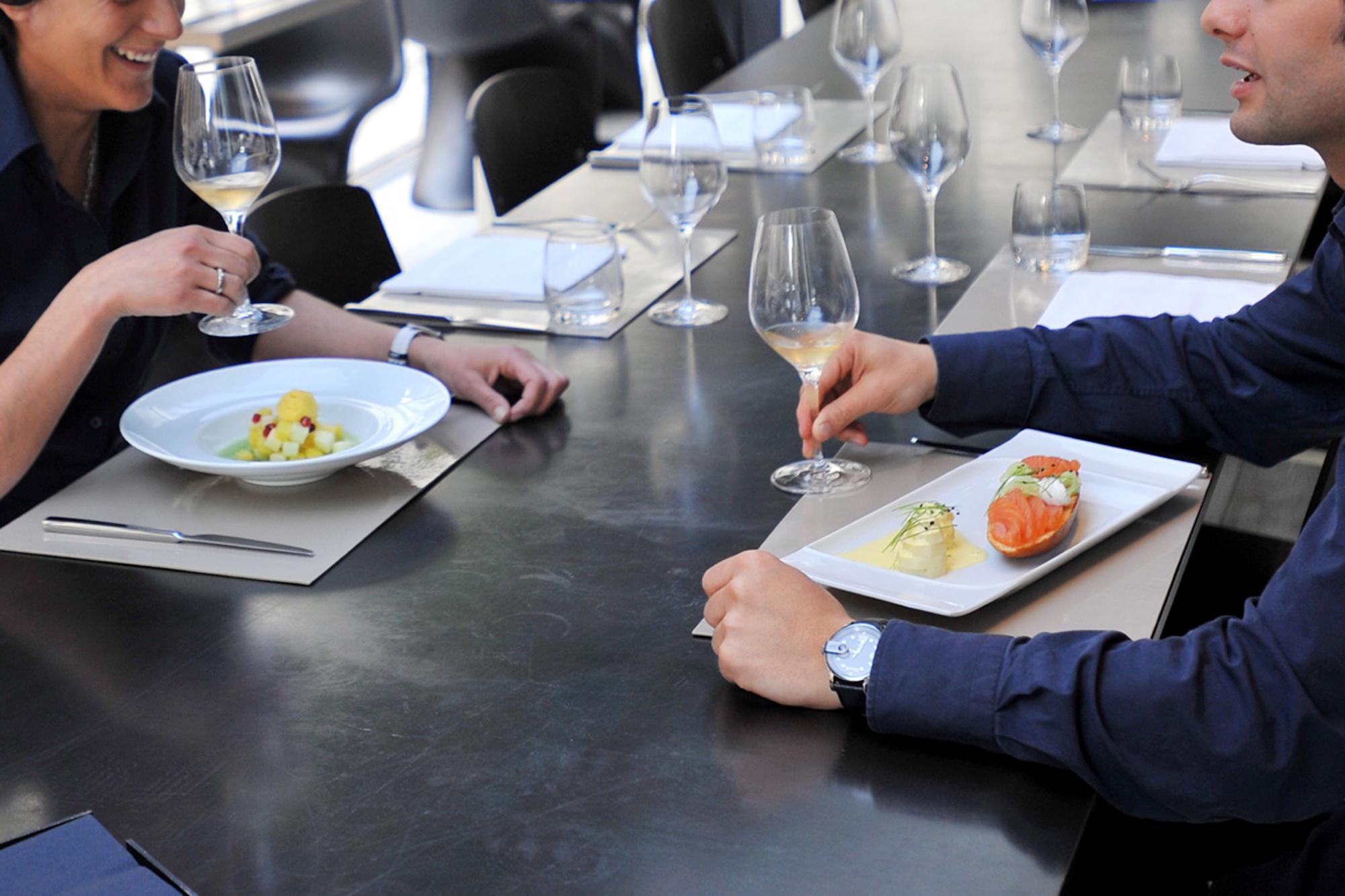 Coperto al ristorante: va pagato?