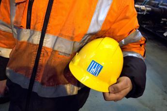 Ilva, sindacati: Piano va cambiato. Sciopero di 4 ore contro esuberi