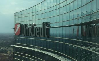 Unicredit, utile 2017 di 5,5 mld e dividendo di 0,32 euro