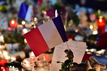 L'Isis rivendica la strage a Nizza, cinque le persone fermate