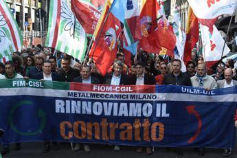 Metalmeccanici: Landini, c'è passo avanti ma sul salario non ci siamo ancora
