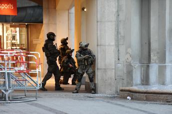 Monaco, strage in centro commerciale: 9 morti e 16 feriti