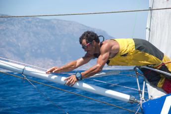 Solitario e senza scali, per Mura giro del mondo in barca a vela. Protagonisti ambiente e cibo sano