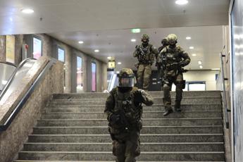 Monaco, assalitore ha gridato insulti xenofobi /Video