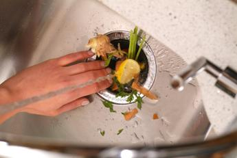 Con tecnologie in cucina addio a cattivi odori d'estate