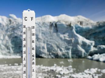 Ambiziose, trasparenti e globali: 10 regole chiave per strategie low carbon