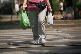 Ecco come i chili di troppo ci 'rubano' mesi di vita