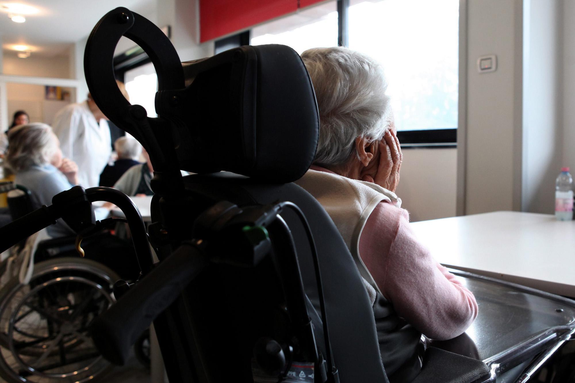 Anticorpo 'spazzino' contro Alzheimer, riduce le placche nel cervello