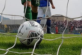 Troppi colpi di testa, calciatori a rischio demenza precoce