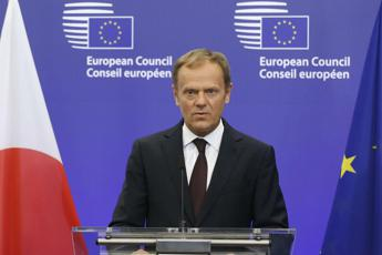Brexit: Tusk, reversibile? E cita 'Imagine' di Lennon