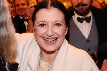Buon compleanno Carla Fracci, l'étoile italiana compie 80 anni