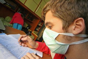Influenza, appello alla vaccinazione: