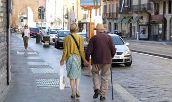Il popolo dell'Alzheimer è più grande della Spagna. Report mondiale: troppi senza diagnosi e cure