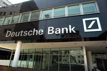 Deutsche Bank taglia 6.000 posti di lavoro