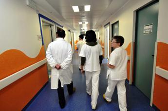 Siamo incazz..., l'urlo dei medici sfruttati