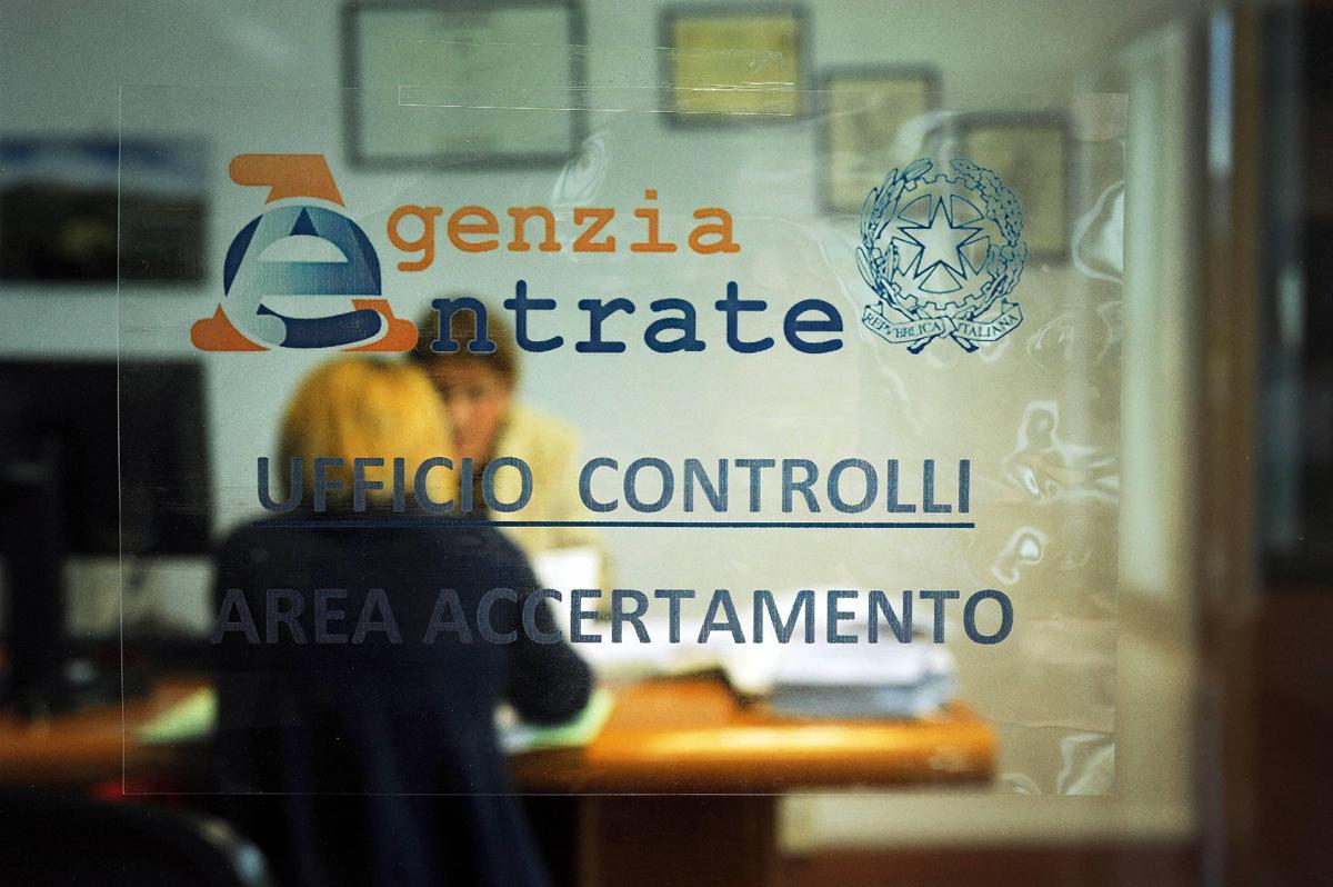 """Italiani tartassati, """"pressione fiscale reale al 49%"""""""